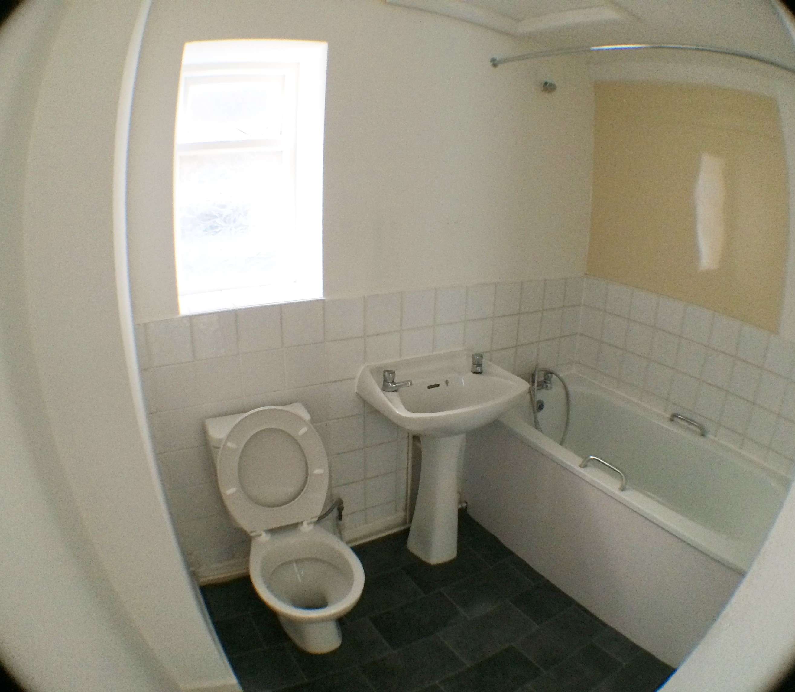 Newly Decorated 2 Bed Flat Bootle, L20 9AF, Recent Kitchen